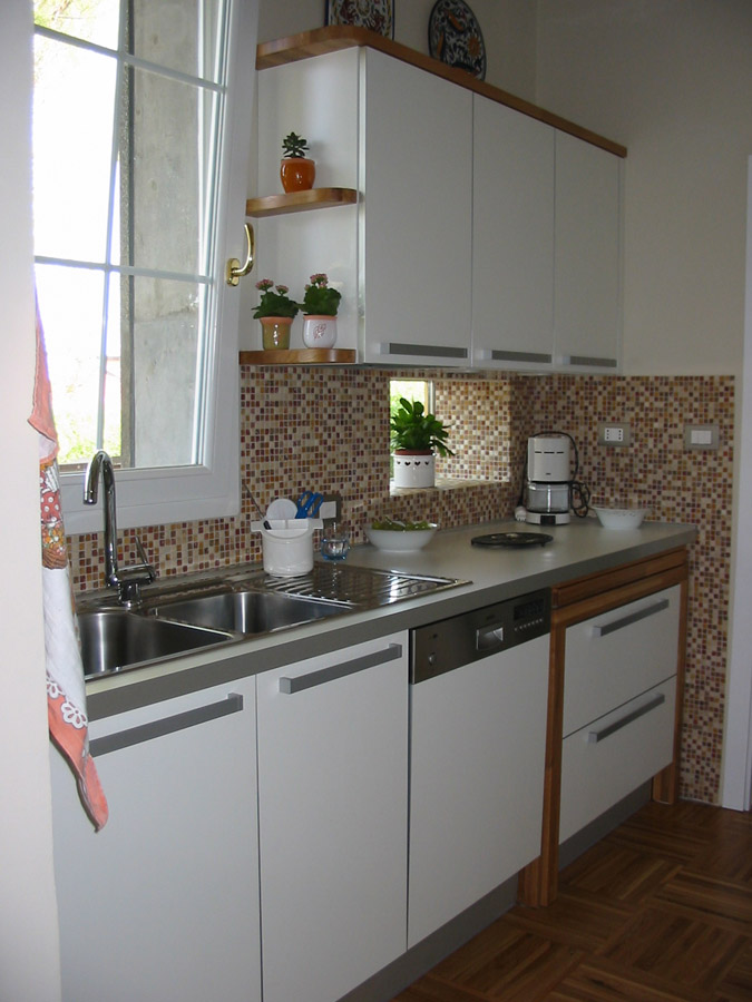 Armadi, cucine moderne, bagni, su misura, Bologna, Modena, Ferrara
