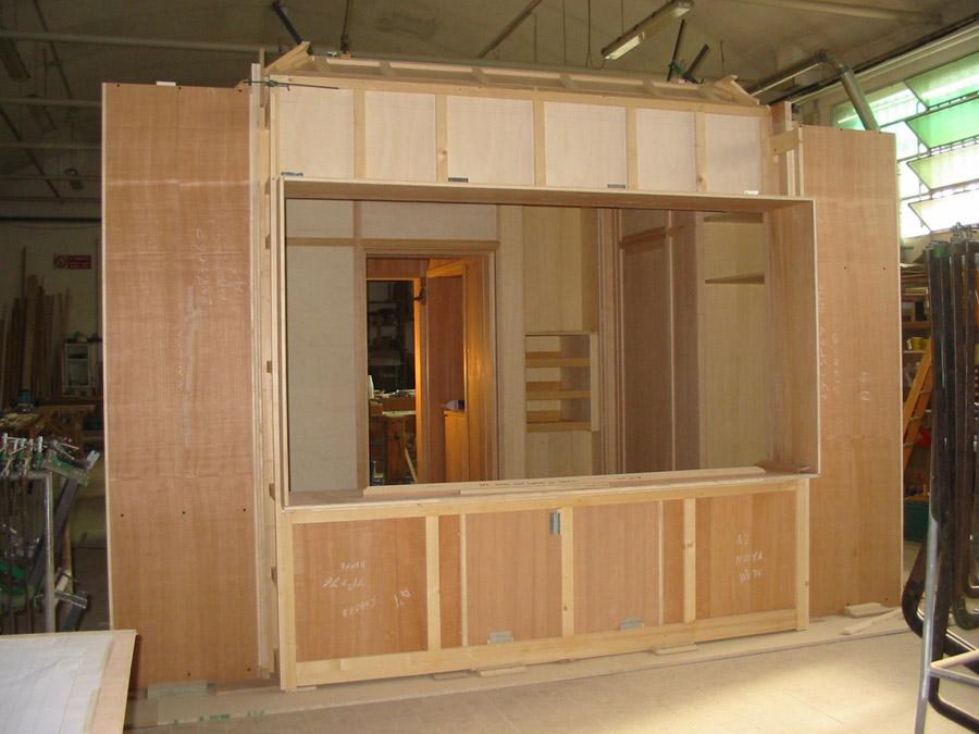 Ecco alcune immagini di mobili ed elementi di arredo prodotti a mano ...